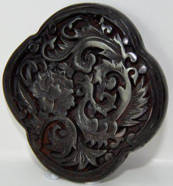 Natural-Amber-beeswax-gemstone